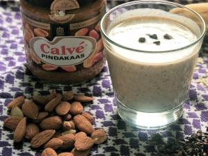 keto almond smoothie